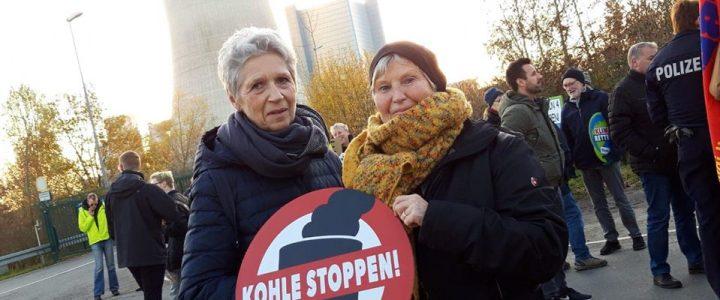 AsF-Mitglieder demonstrieren am Datteln 4